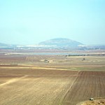 220px-JPF-Jezreel_Valley_and_Mount_Tabor
